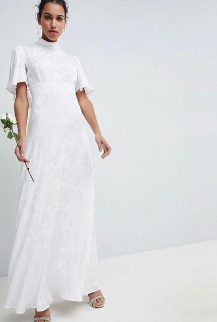 ef5fdd6542d2 ... αγαπημένο διαδικτυακό κατάστημα για τζιν ή χαλαρά φορέματα